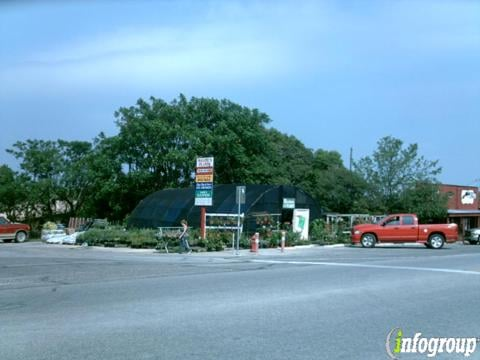Main Street Tire & Automotive Service: 1955 Hwy 16 N, Bandera, TX