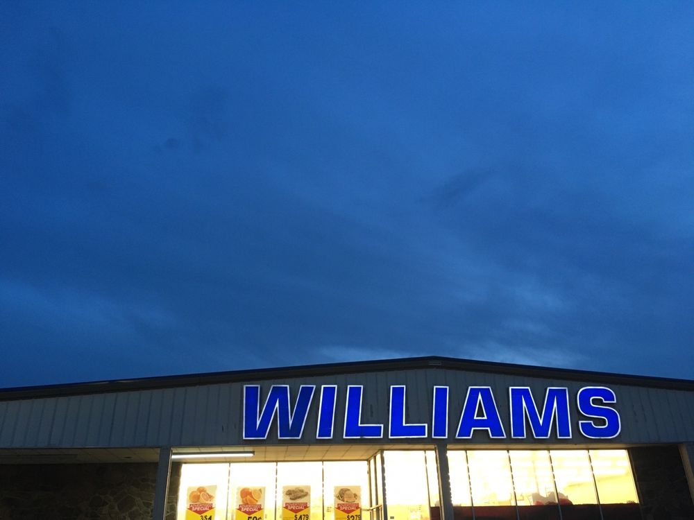 Williams Discount Foods: 720 E Broadway St, Drumright, OK