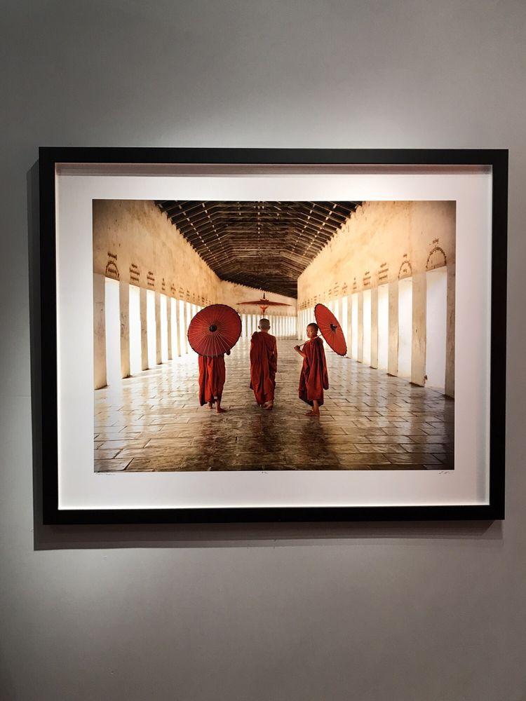 Lisa Kristine Gallery: 452 1st St E, Sonoma, CA