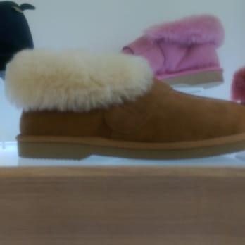 Photo of Jumbo Ugg Boots - Moorabbin Victoria, Australia