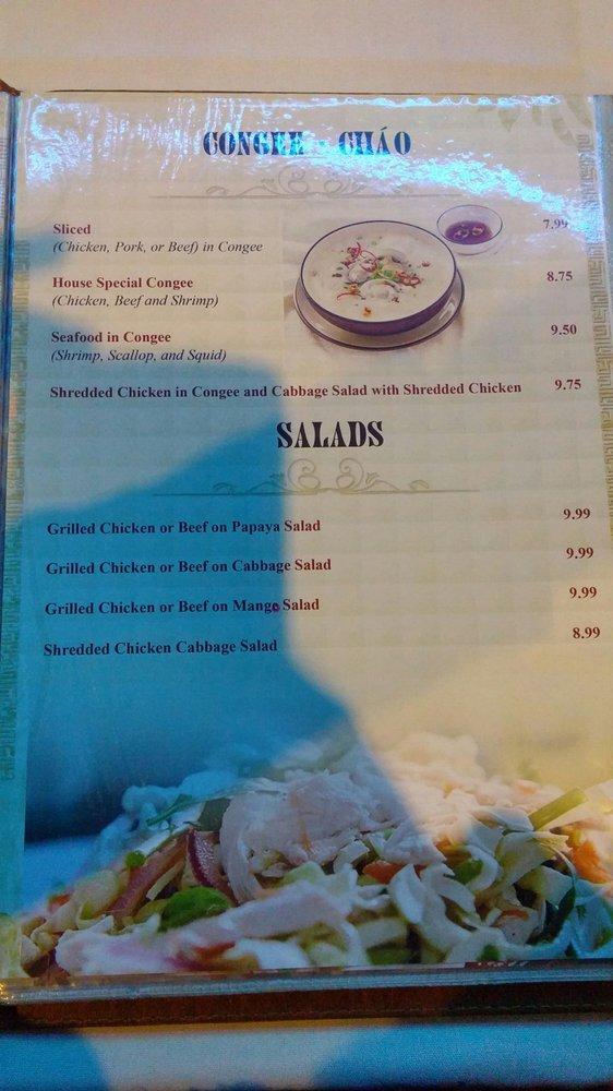 Mini Restaurant: 475 University Avenue W, Windsor, ON