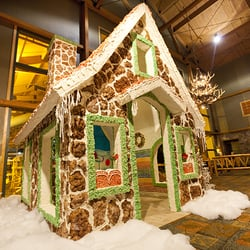 photo of snowland gingerbread house at great wolf lodge concord nc united states