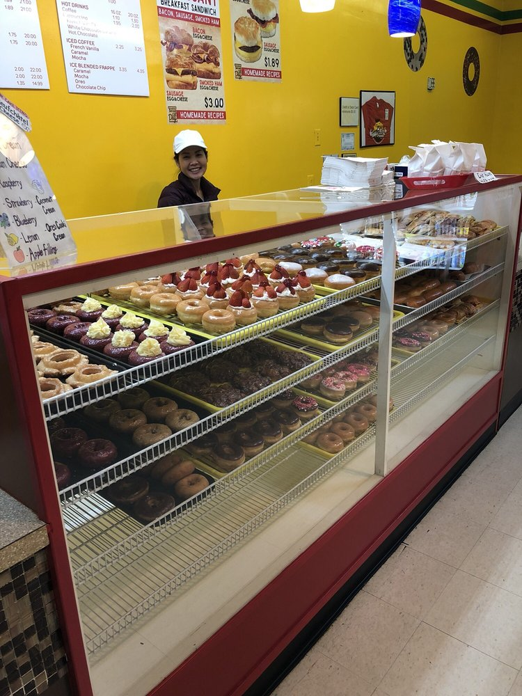 King Donuts: 126 College St, Madisonville, TN