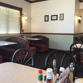 Photo Of Country Kitchen Sheridan Wy United States Dining Area