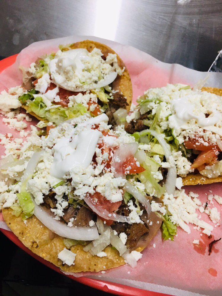 Tacos El Cunao: 5813 Lee Hwy, Chattanooga, TN
