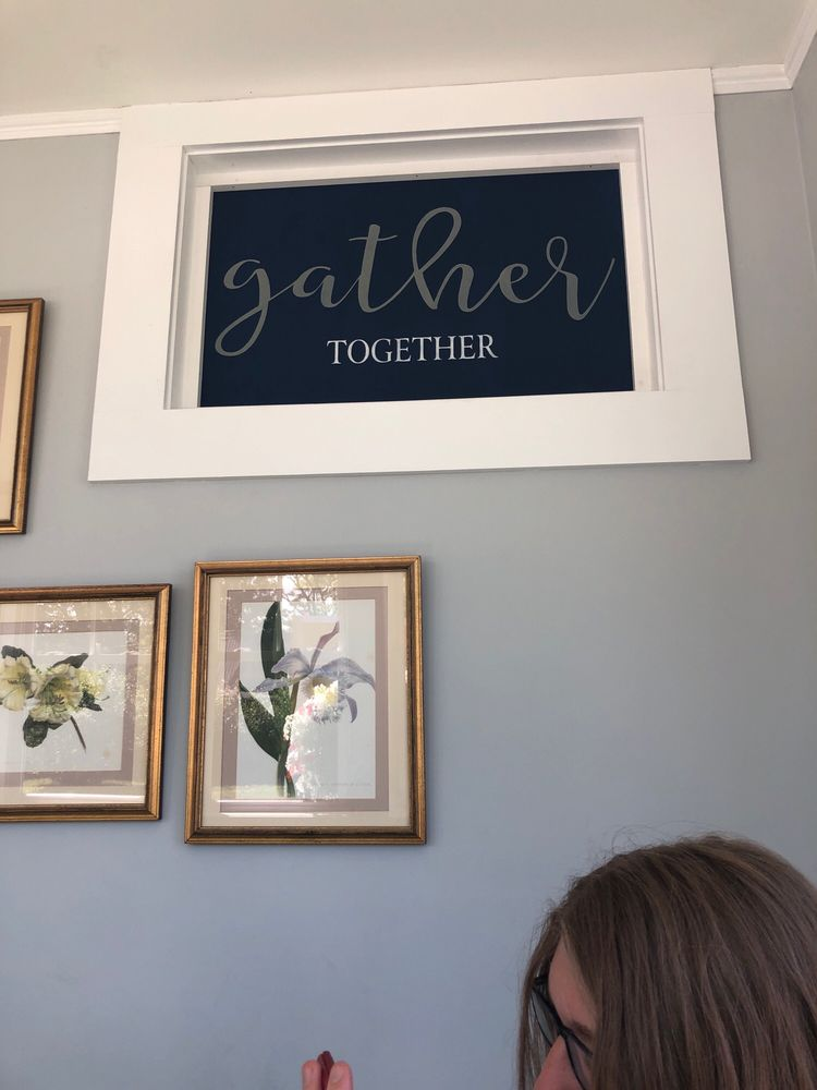 Gather Together Cafe: 2 Pine St, Woodsville, NH