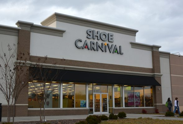 Shoe Carnival Winston-Salem NC locations, hours, phone number, map and driving directions.