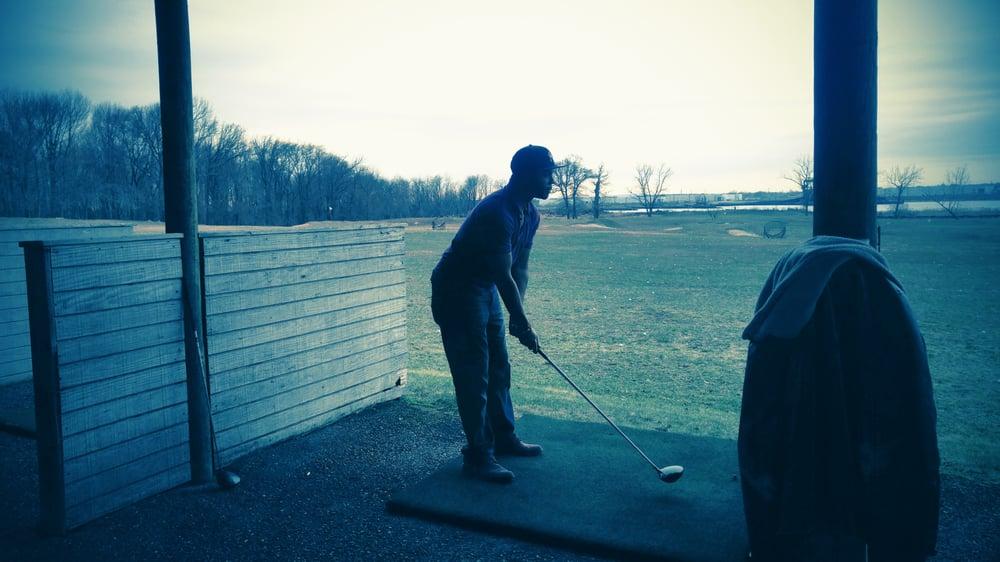 Staten Island Indoor Golf Range