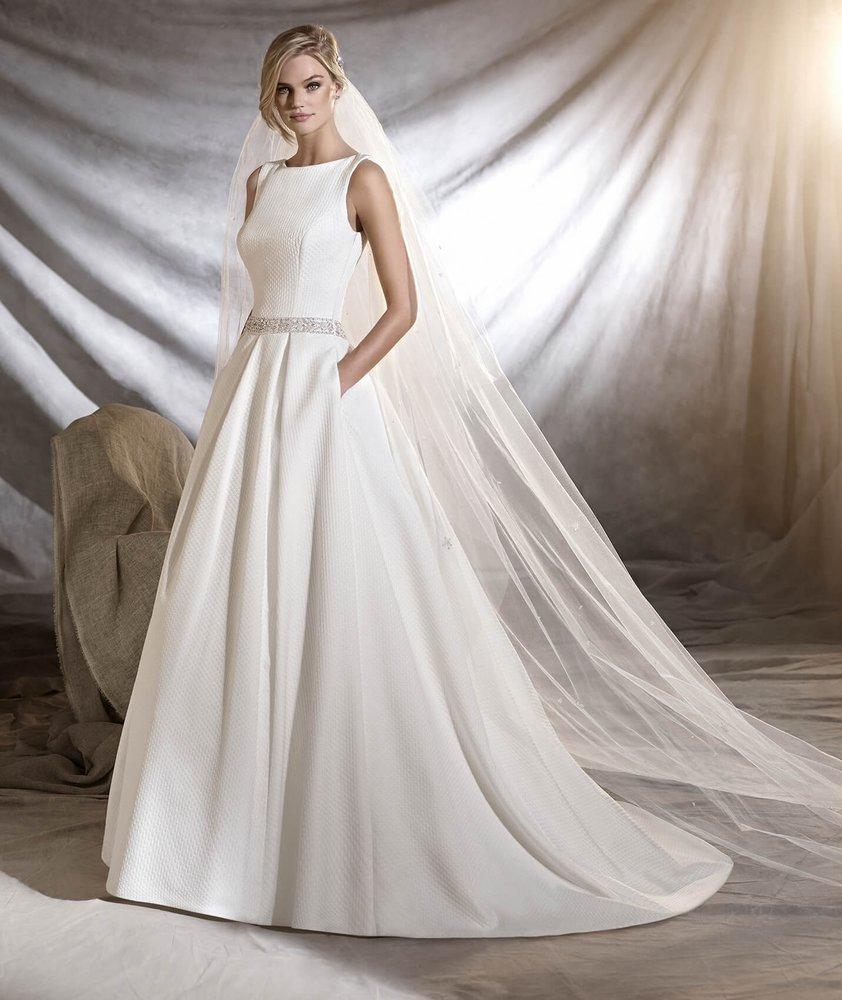 La Reine Bridal - 24 Photos & 91 Reviews - Bridal - 20-22 High St ...
