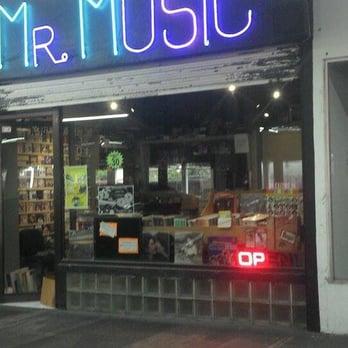 Mr  Music - Jazz & Blues - Eugenio Garza Sada 3755