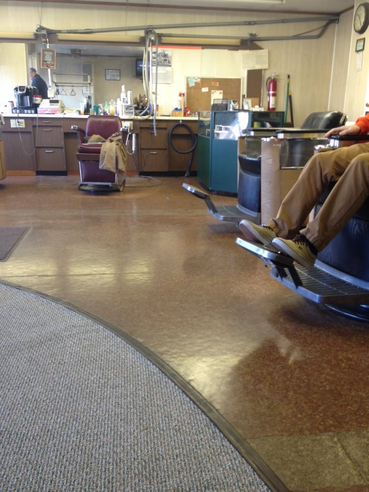 Bg Barber Shop: 412 E Wooster St, Bowling Green, OH