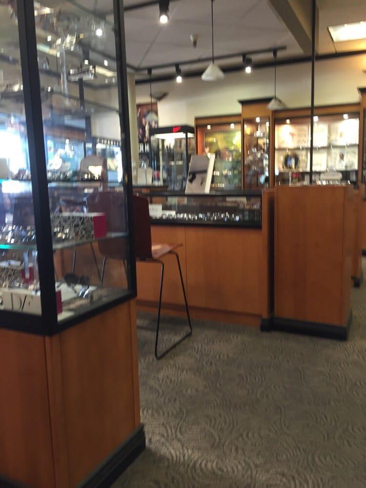 Restaurants Near Westlake Center