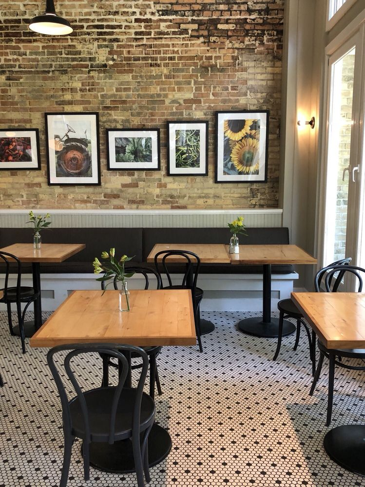 American Spoon Gelato Cafe: 413 E Lake St, Petoskey, MI
