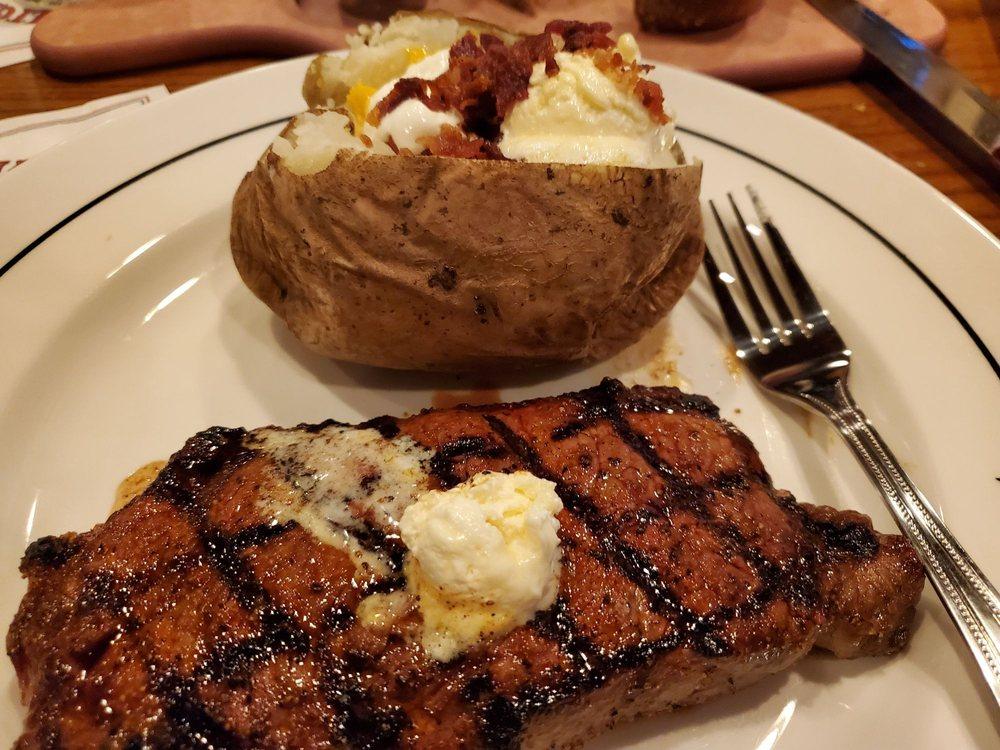 Saltgrass Steak House: 301 N 175th, Omaha, NE