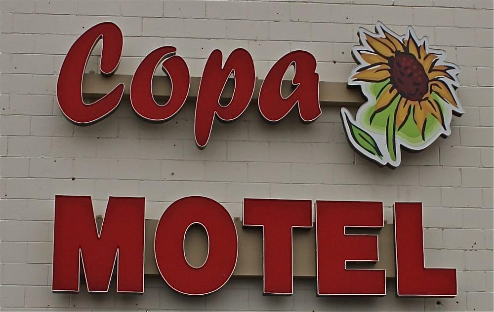 Budget Host Copa Motel: 1113 E US Highway 54, Kingman, KS
