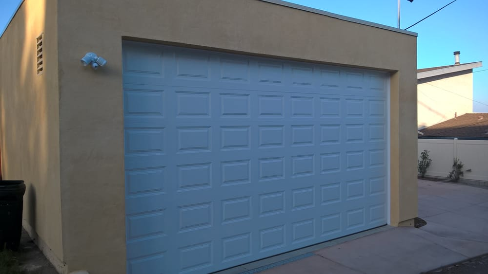 Large 10 By 18 Rv Garage Door In Alley Yelp