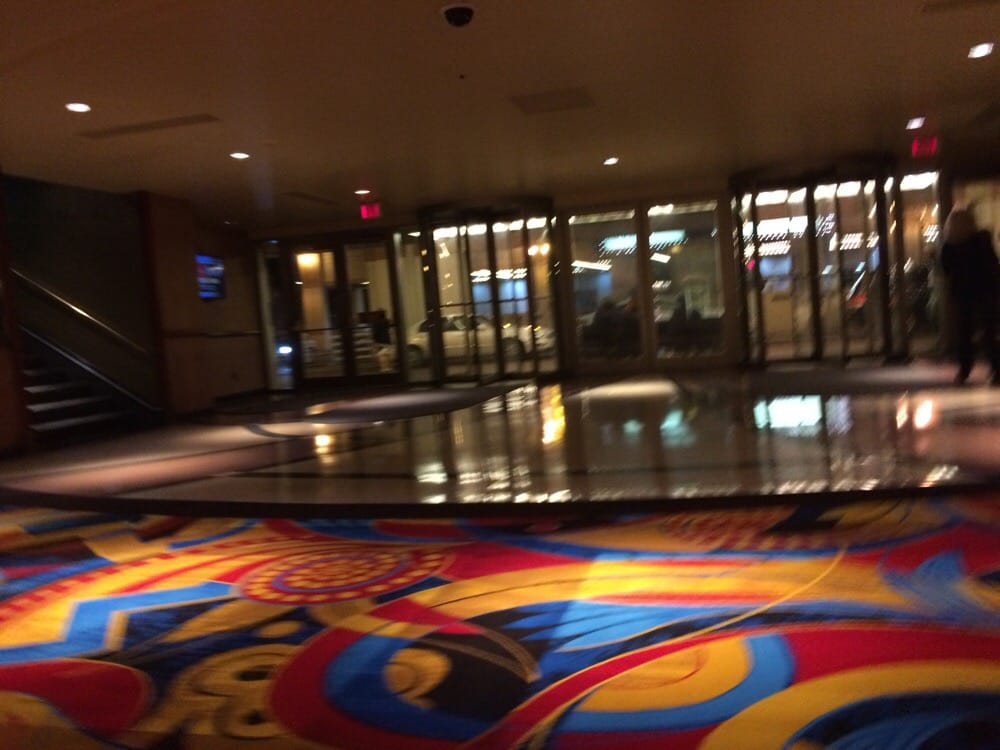 Aurora hollywood casino buffet