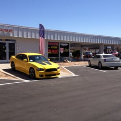 Dodge Dealers In Az >> Donovan Chrysler Dodge Jeep Ram Closed 12 Reviews Car Dealers
