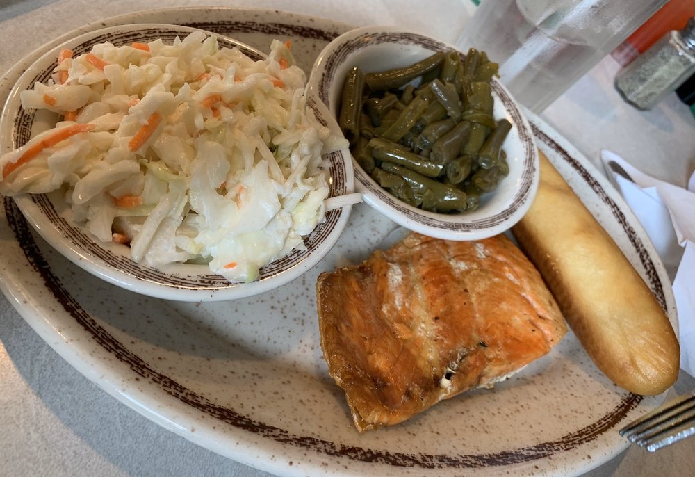 Shoney's Family Restaurant: 116 Main St, Caryville, TN