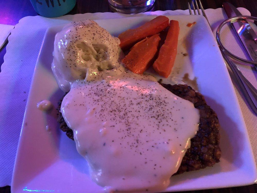 Albi's Gem Bar & Restaurant: 220 6th St, Wallace, ID