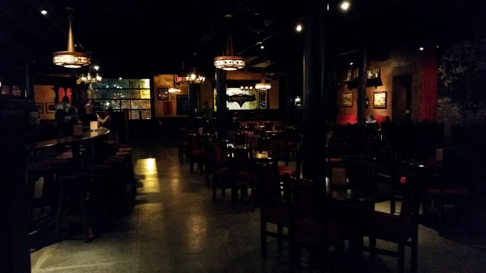 Lansdowne pub boston ma