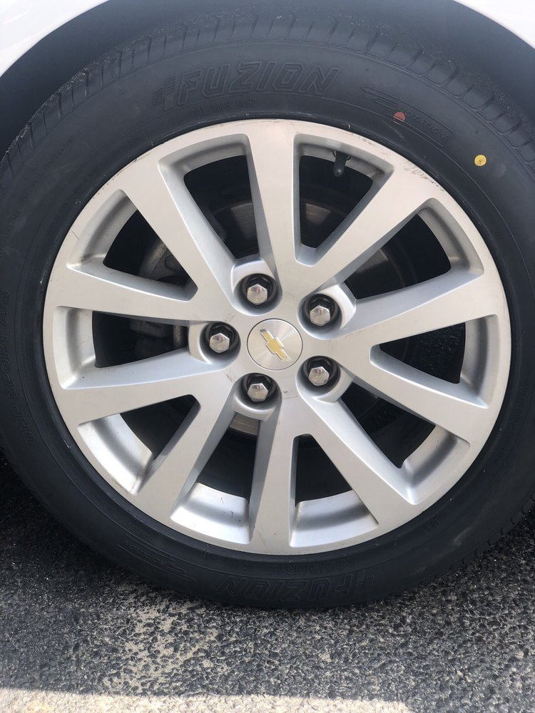 Service Tire Truck Centers: 24873 Sussex Hwy, Seaford, DE