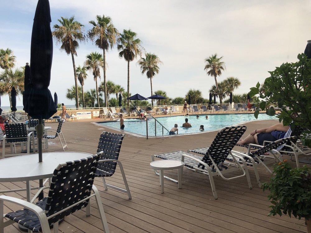 The Galvestonian: 1401 E Beach Dr, Galveston, TX