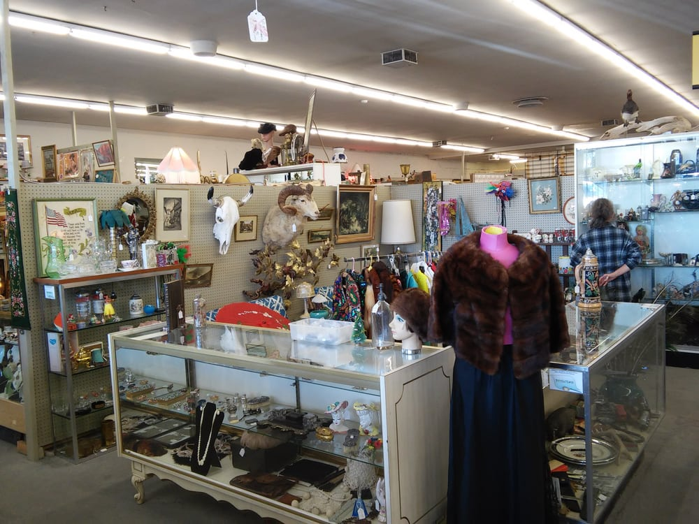 Too much - Review of Virginia Street Antique Mall, Reno ...