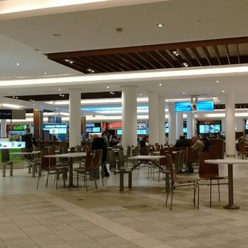 Cataraqui Centre Food Court