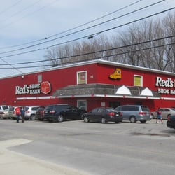 Red S Shoe Barn 13 Reviews Shoe Stores 35 Broadway Dover Nh