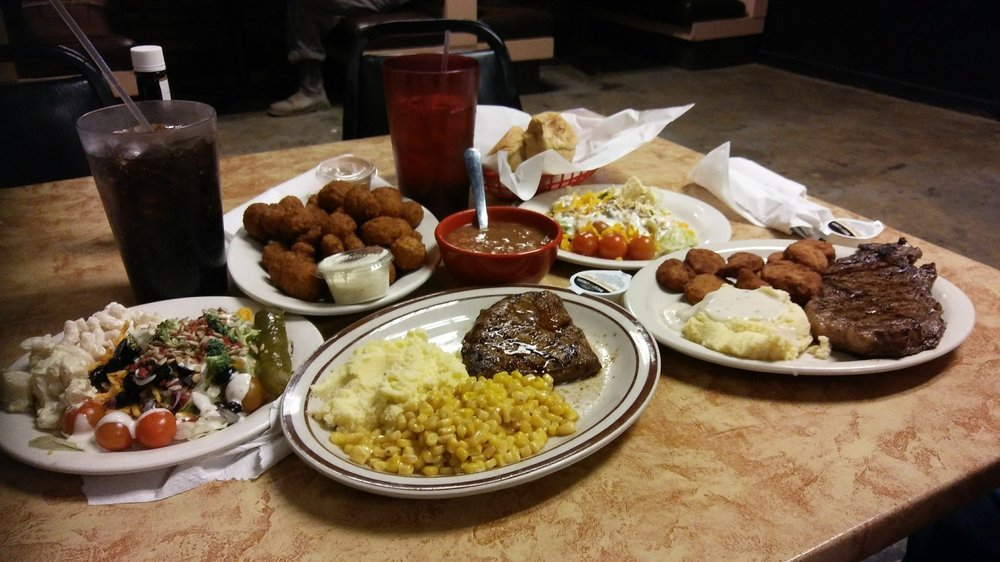 Bar-H Steakhouse: 901 S Stockton Ave, Monahans, TX