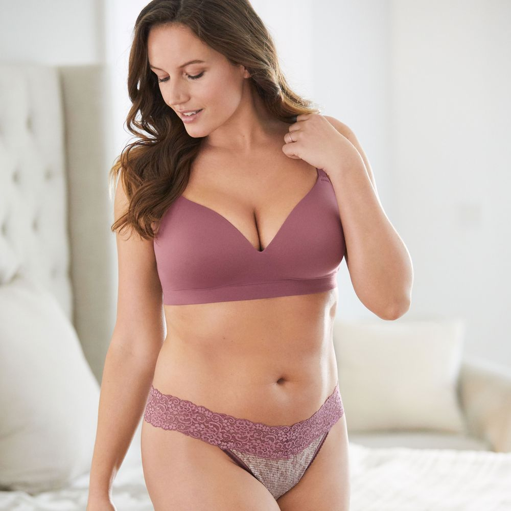 Soma Intimates: 2945 Center Valley Pkwy,, Center Valley, PA