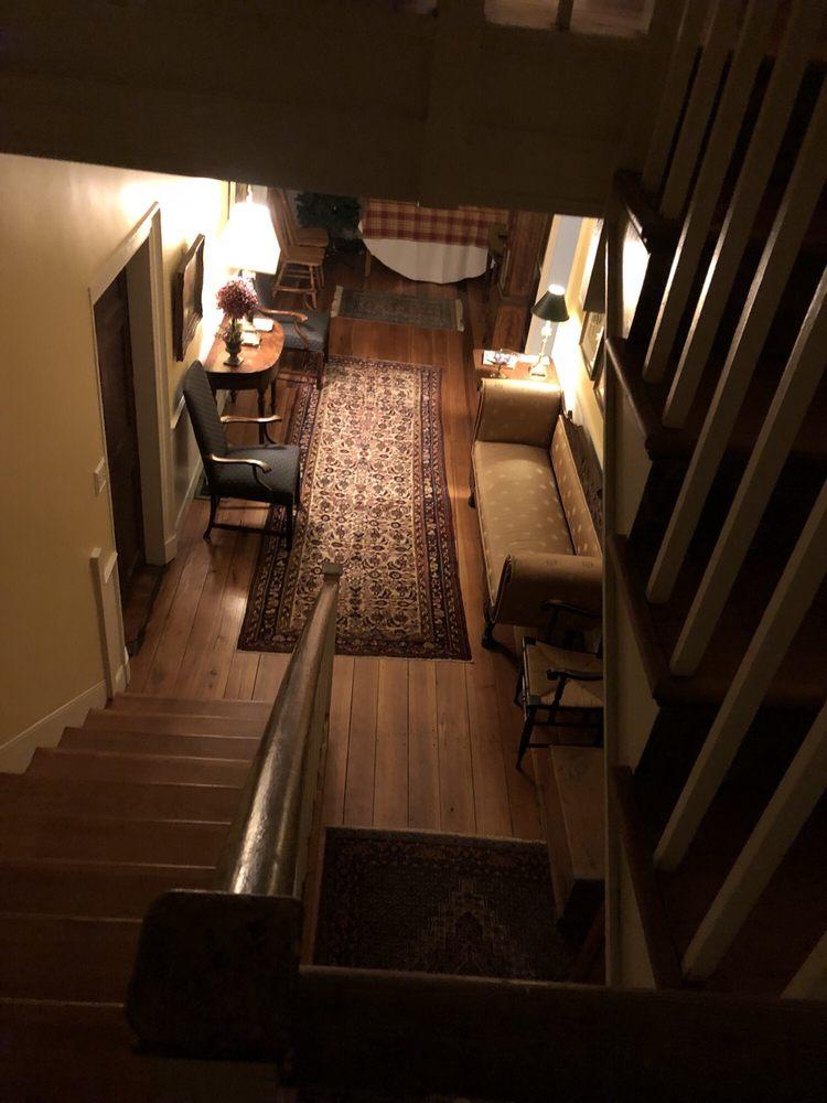 The 1788 Inn: 16200 Lincoln Hwy, Breezewood, PA