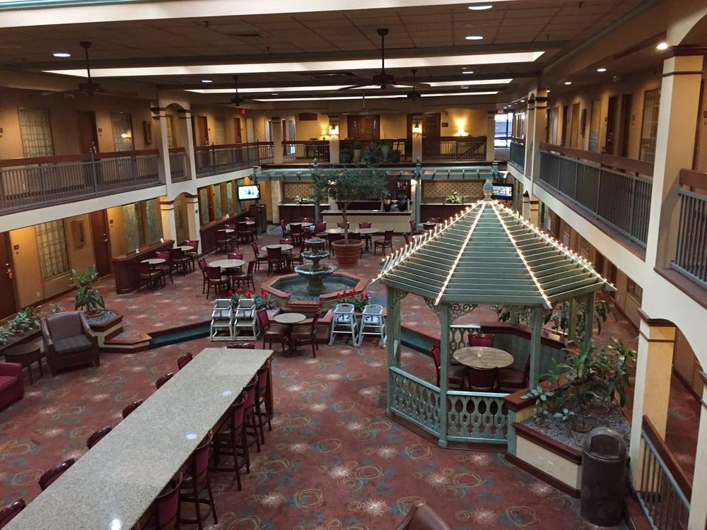 Auburn Place Hotel & Suites: 3265 William St, Cape Girardeau, MO