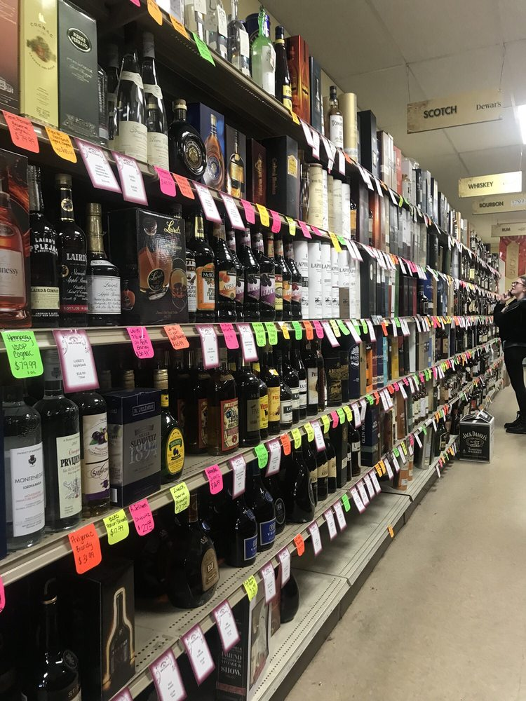 Brewster Wine & Liquor: 1515 Rt 22, Brewster, NY