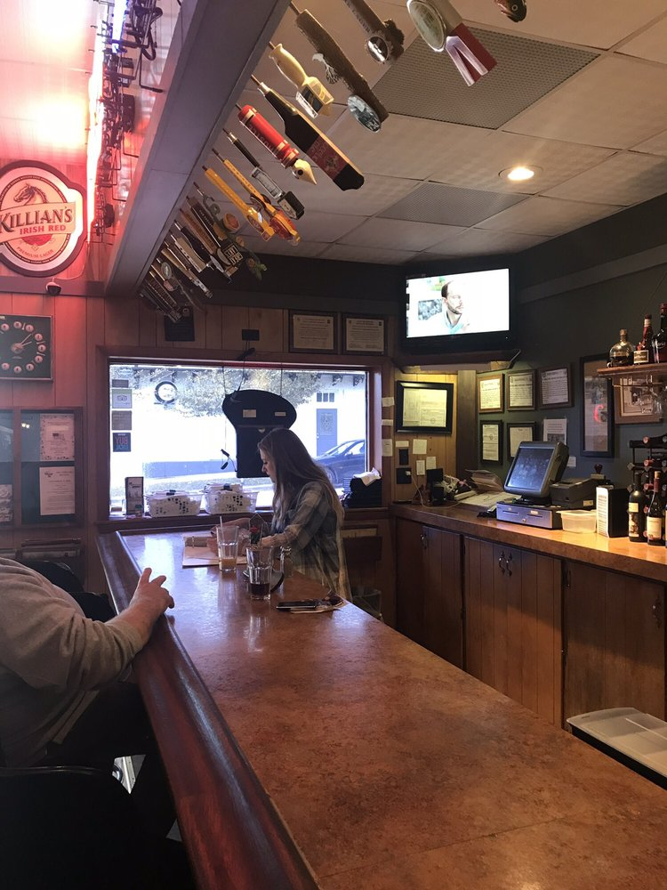 Chatterbox Tavern: 35 S Kennebec Ave, McConnelsville, OH