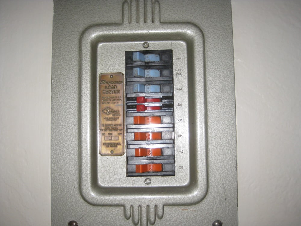 Old Magnastrip Main Electrical Panel. - Yelp