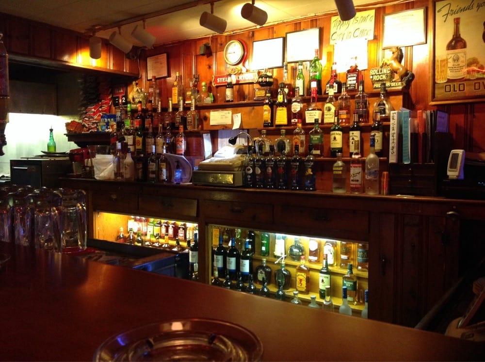 Raven's Nest: 625 Old Bethlehem Rd, Quakertown, PA