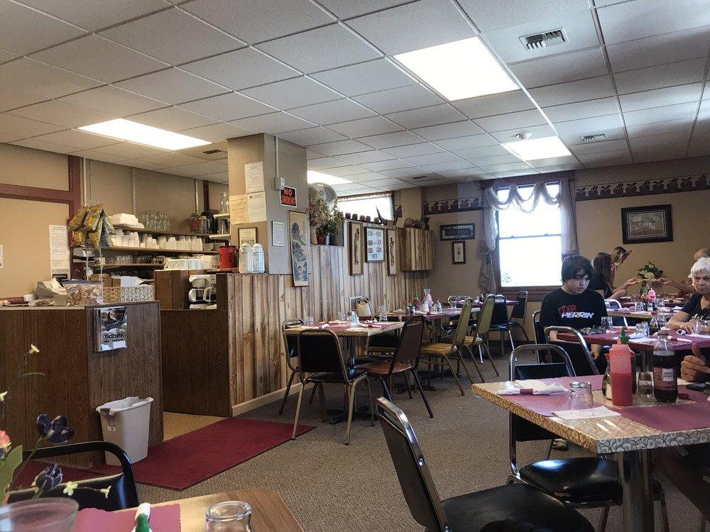 Dominga's Specialties Cafe: 224 W Main St, Lewistown, MT