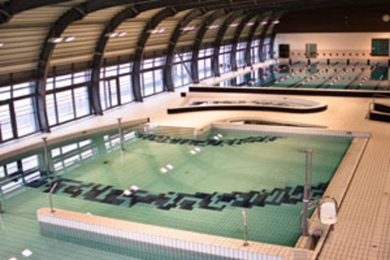 Centre aquatique alfortville les bassins int rieurs yelp for Piscine alfortville