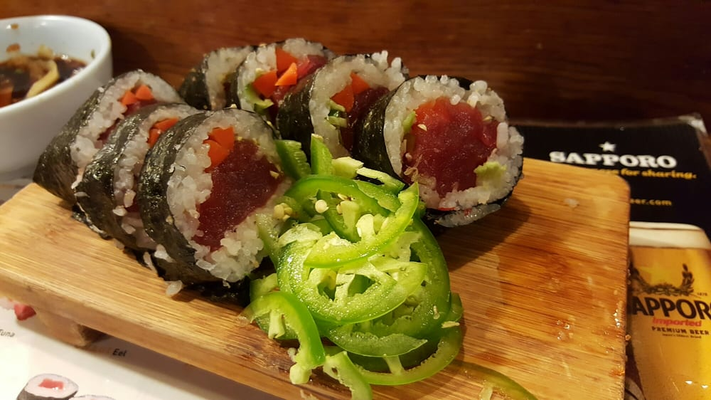 Not on the menu tuna roll with gobo jalape o rice for Akasaka japanese cuisine