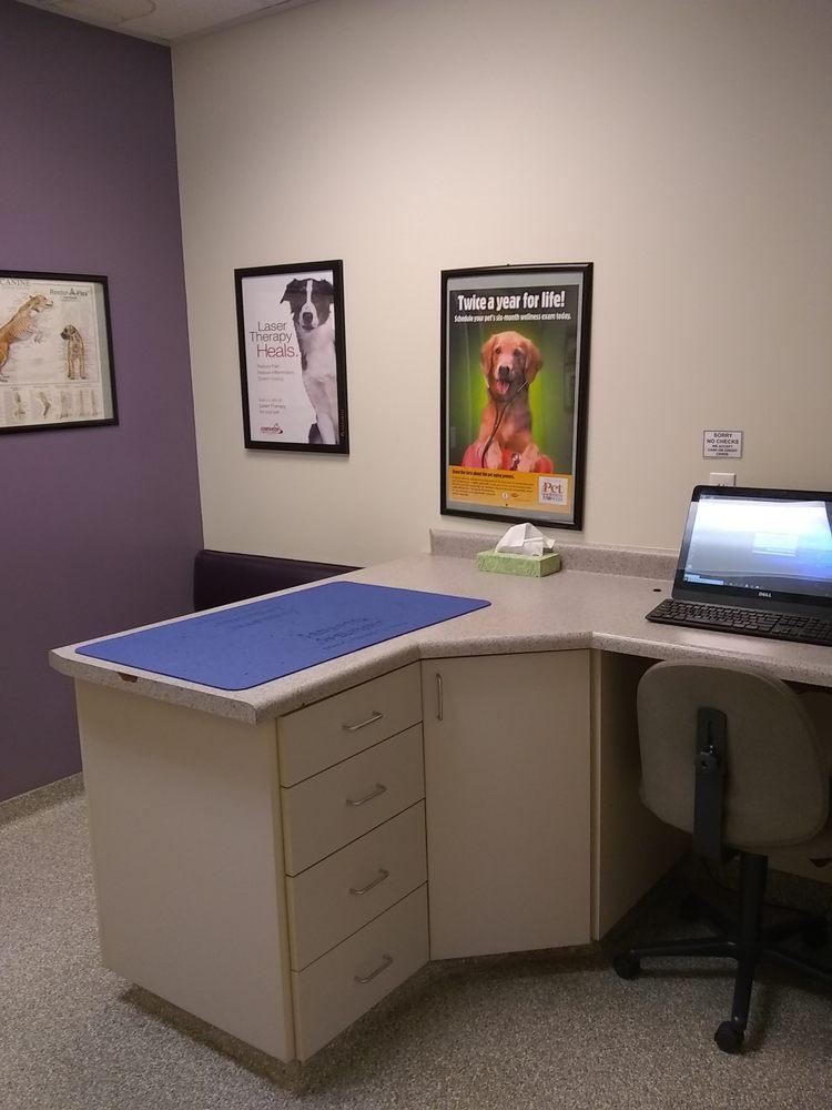 Family Pet Hospital: 448 N 1600th W, Mapleton, UT