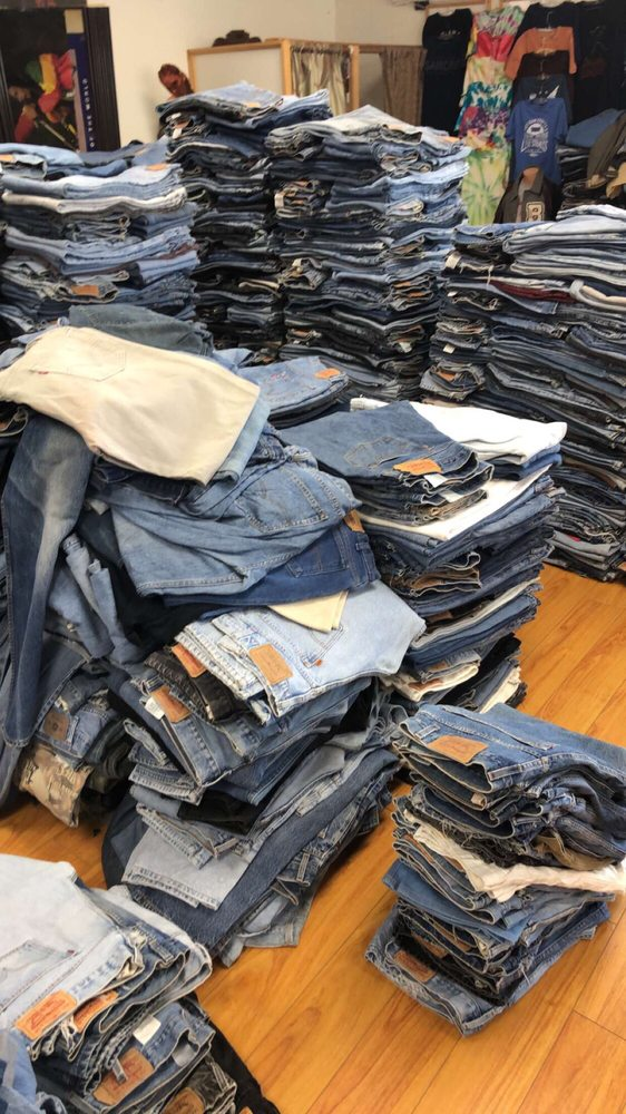 Drop Your Jeans: 1600 W San Bernardino Rd, Covina, CA
