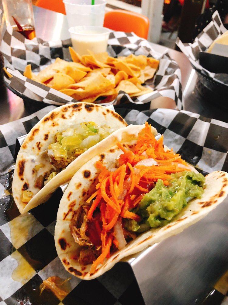 Food from Tinga Tacos
