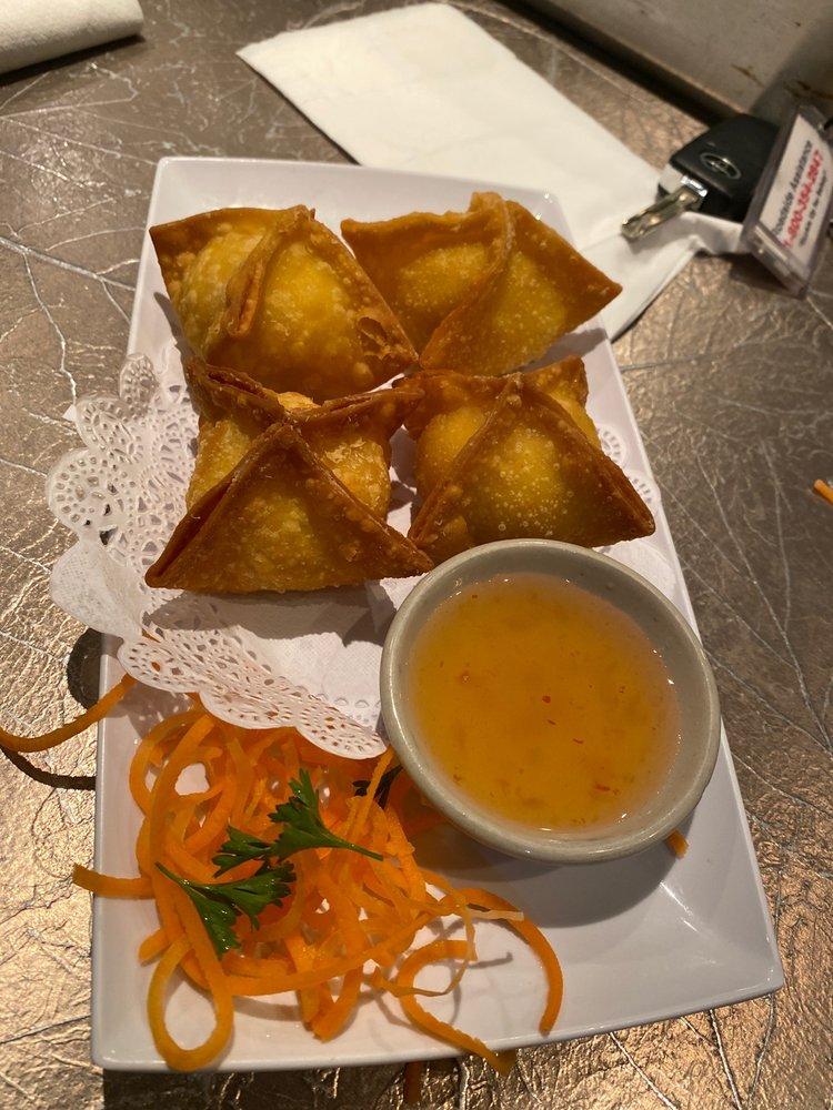 Spice Thai Sushi: 270 NW Peacock Blvd, Port St Lucie, FL