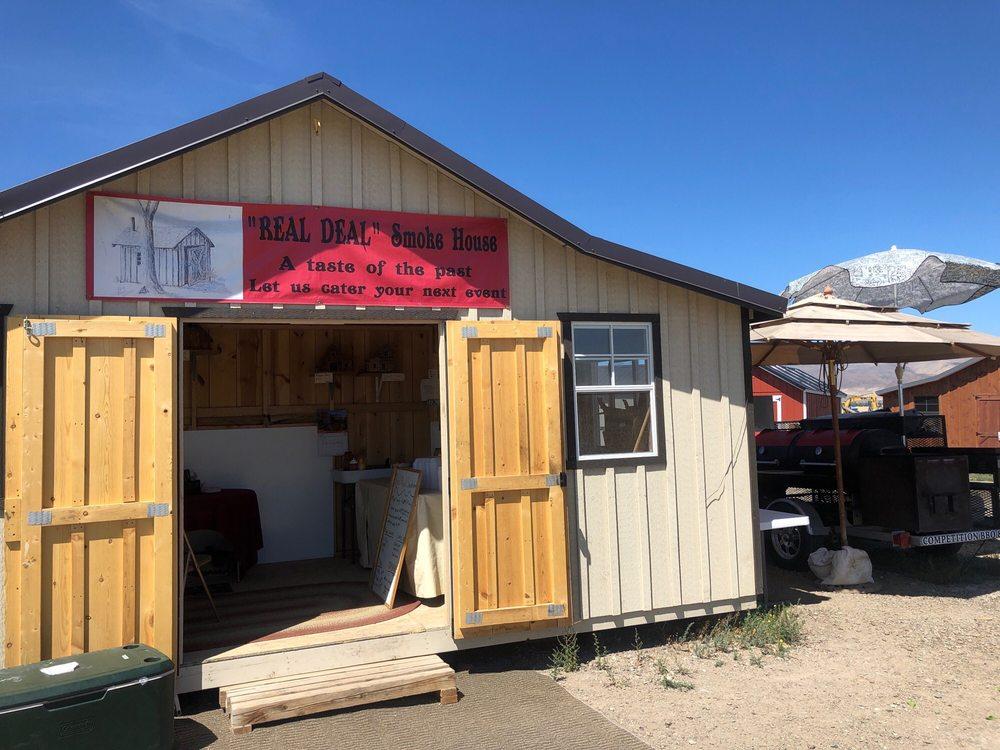 Real Deal Smoke House: 710 US-93, Challis, ID