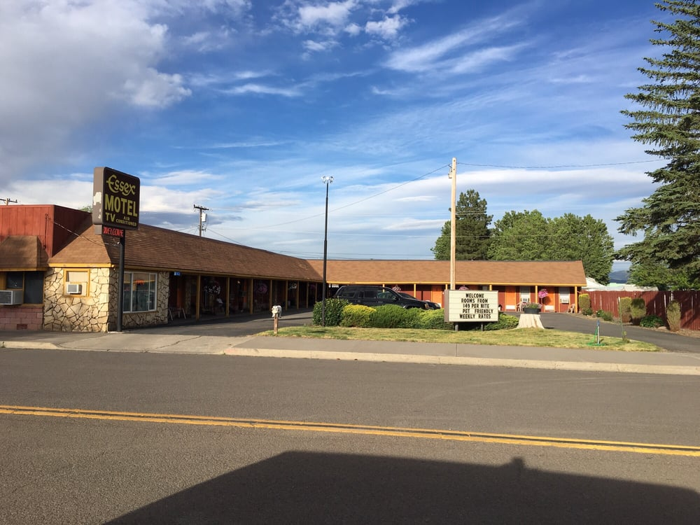 Essex Motel: 1216 N Main St, Alturas, CA