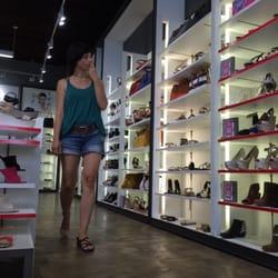 aldo shoes yorktown mall illinois restaurants open on easter
