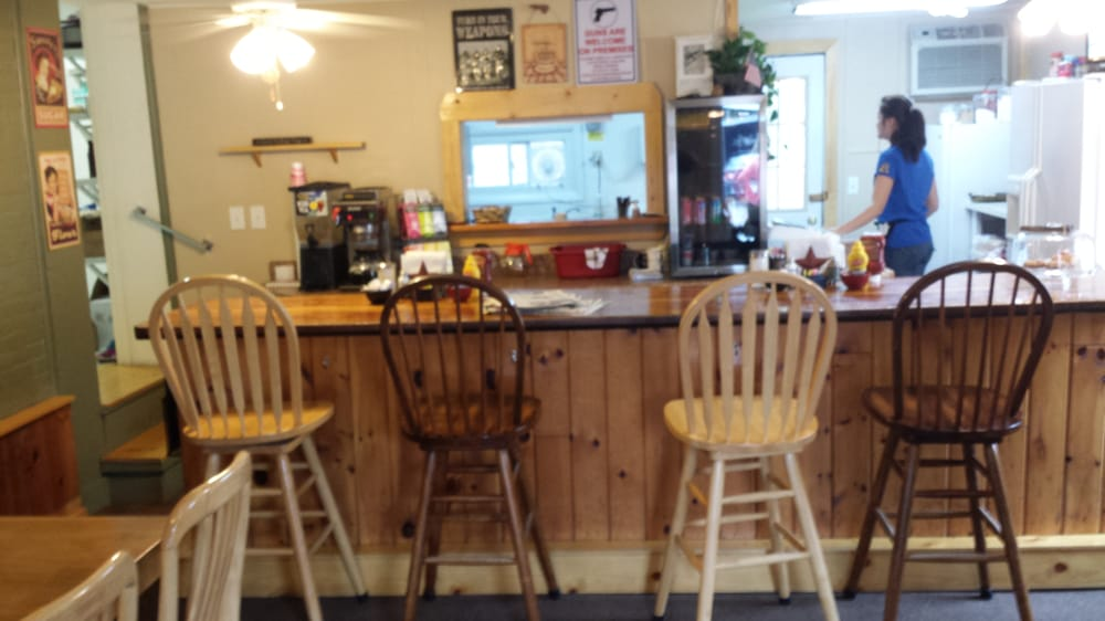 Honey Bee's Kitchen: 7 Main St, Arkport, NY