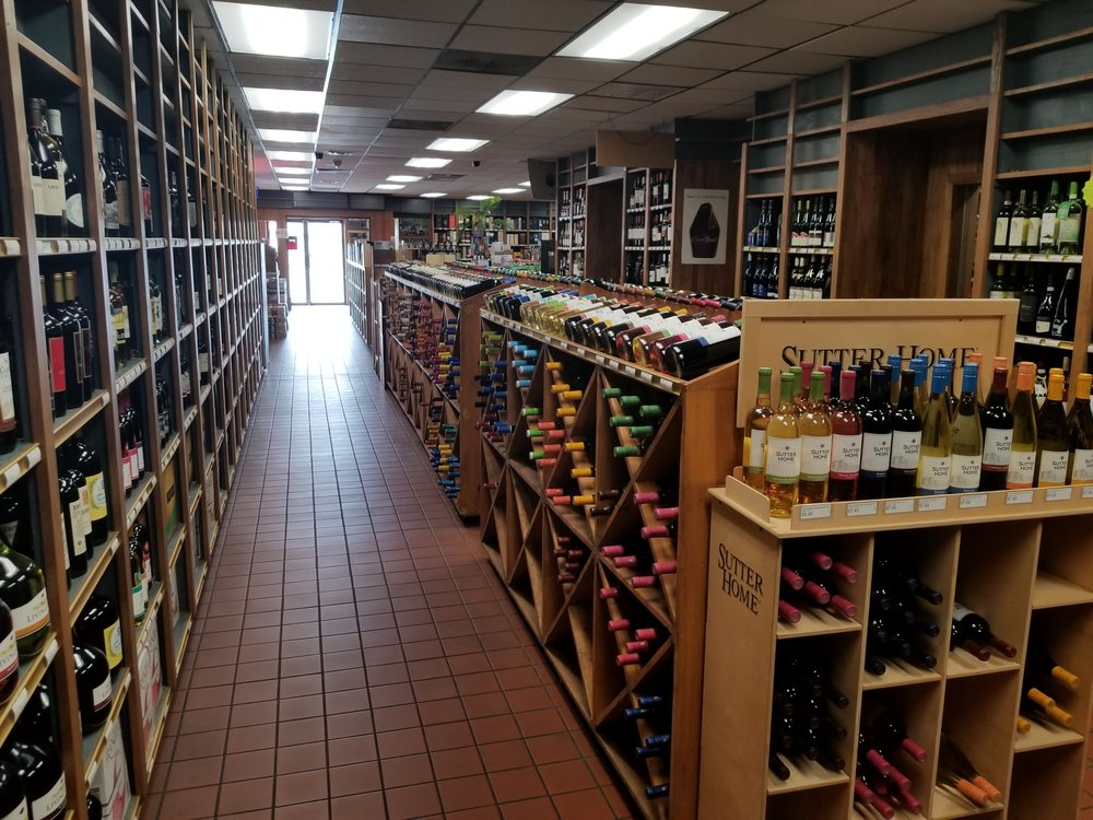 Jack's Package Store: 960 Hwy 62 E, Mountain Home, AR